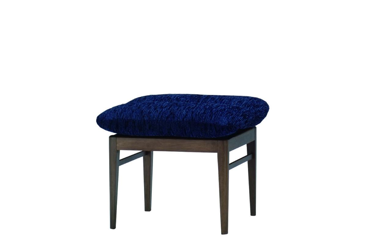 msbrown_w-stool-970-LMB-BL-07.jpg